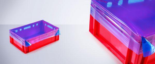 Rote E2-Kiste bezogen mit der blauen Dehnhaube