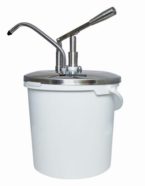 Dosieraufsatz aus Edelstahl mit Hebelbedienung aufgesetzt auf einem PP-Eimer mit 10 Liter Volumen