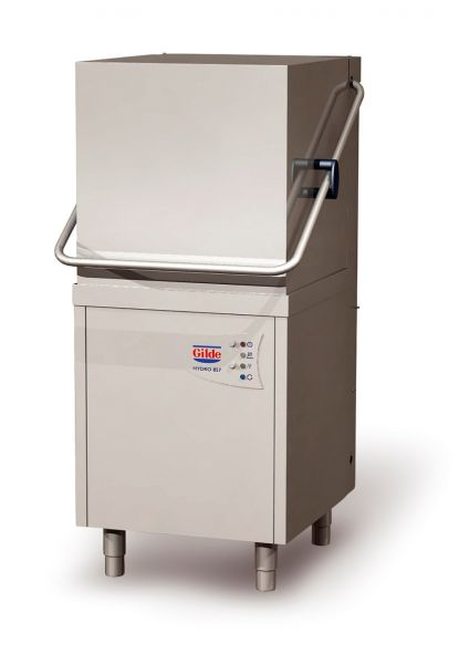 Geschlossene Haubenspülmaschine zum gewerblichen Reinigen von Geschirr und Bedarfsgegenständen